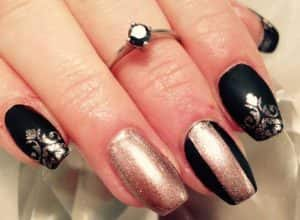 about-nails2